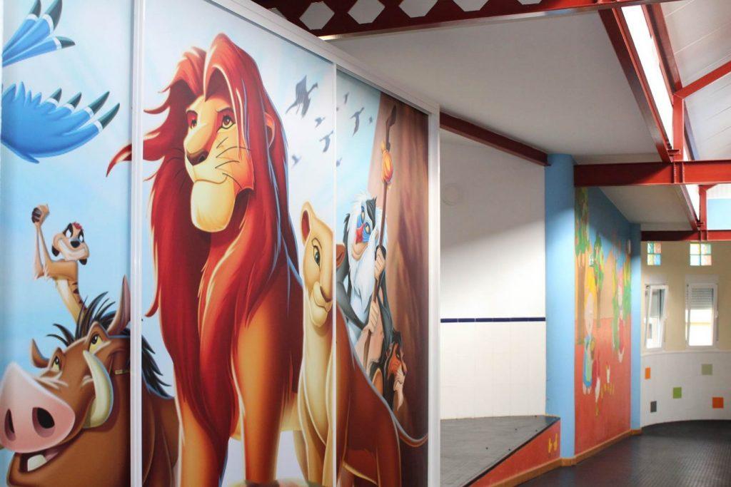 Uno de los pasillos de la Escuela Infantil El Valle